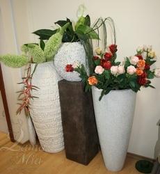 Немецкие напольные кашпо для цветов из Германии, участвующие в распродаже