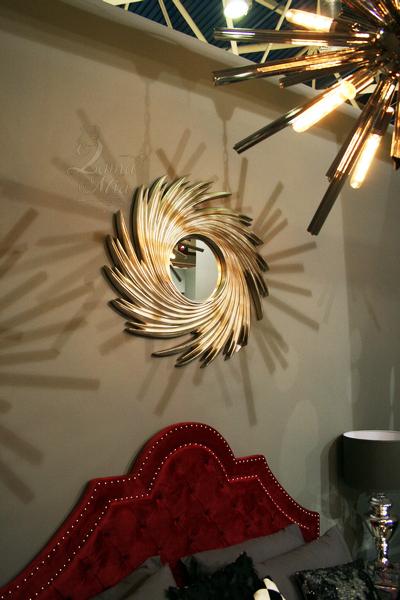 Декоративное зеркало в сером рельефном багете 19-OA-71033 купить с бесплатной доставкой в интернет магазине lamamia.ru