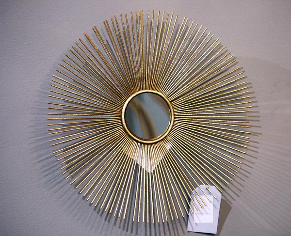 Зеркало круглое в металлической раме лучами 37SM-0533 купить с бесплатной доставкой в интернет магазине lamamia.ru