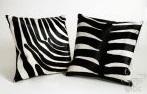 Подушки зебра черно-белые полоски
