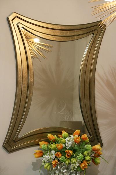 Зеркало дизайнерское фигурное ART-2919-FM купить в интернет магазине lamamia.ru с бесплатной доставкой по Москве