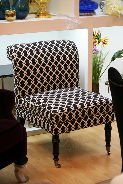 Кресло чёрно-белое с льняной обивкой DY-734 купить в интернет магазине lamamia.ru с бесплатной доставкой по Москве