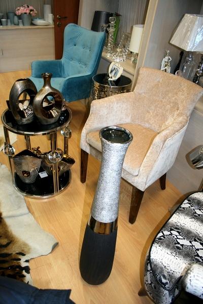 Кресло бежевое велюровое HD2203285-1061-28 купить в интернет магазине lamamia.ru
