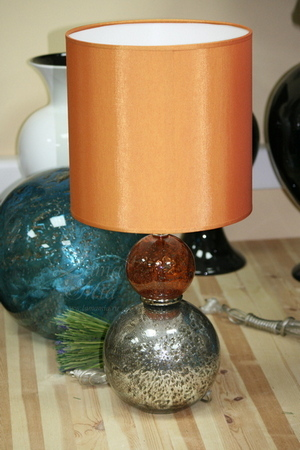 Crisbase, этап 9: Поступление в продажу. Лампа стеклянная оранжевая P8687/OR купить в интернет магазине lamamia.ru с бесплатной доставкой по Москве