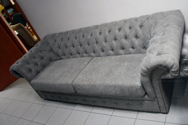 Диван серый трёхместный из алькантара PJS06603-PJ712 купить в интернет магазине lamamia.ru с бесплатной доставкой