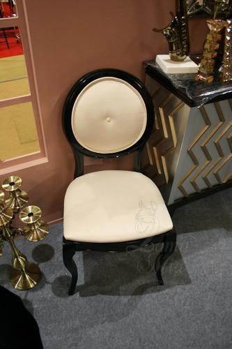 Чёрный стул AJ102-LE12 Купить стул в интернет магазине Lamamia.ru из новой коллекции польских дизайнерских стульев можно будет  в марте 2015 года
