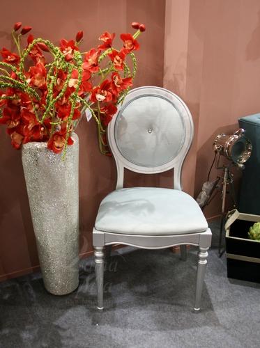 Серебряный стул AJ102-LE27 Купить стул в интернет магазине Lamamia.ru из новой коллекции польских дизайнерских стульев можно будет  в марте 2015 года