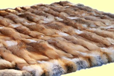 Покрывало из меха лисицы с лисьими хвостами 2,20 на 1,82 м