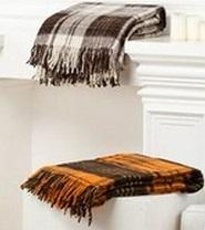 Дарим шерстяной плед покупателям ковров