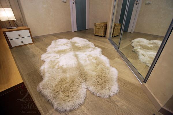Овчина новозеландская 4-х шкурная бежевая (1,85 х 1,05 м) купить в интернет магазине lamamia.ru