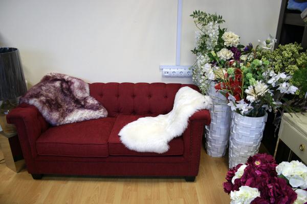 Коврик из овчины с высоким ворсом, белый (0,95 х 0,55 м) купить в интернет магазине lamamia.ru